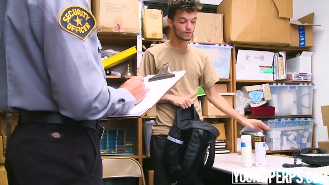 YoungPerps - Nerdy Twink Railed Out By A Security Guard Gooseneck hitch hookup