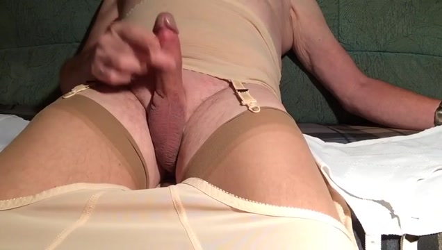 Wichsen 3a Large mature clitoris nipples