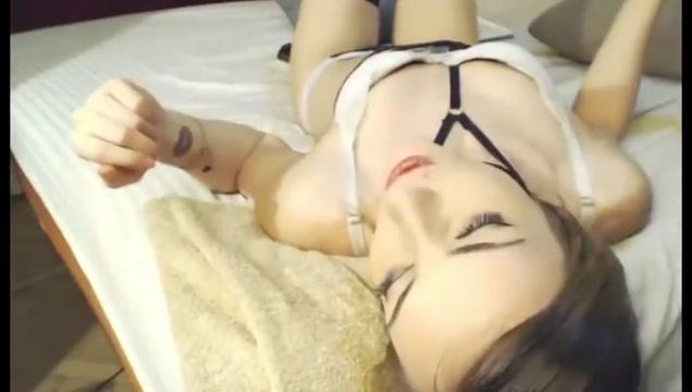 brutal deepthroat gagging facefuck skinny romanian camgirl rubs cum in pussy