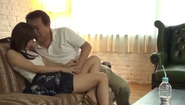 moe_1102 Teen Anal Dildo Video