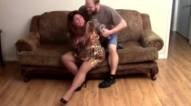 Elane Hershey Bound In Sofa Lucky Five