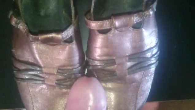 Schuhe der Nachbarin besamt jenna jameson lesbo scenes
