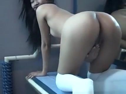 Asian Cuttie Pie Rubbing On Her Wet Pussy