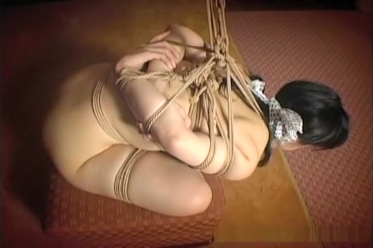 Cute Asian chick tied up with not knowing what to do Amateur banged busty