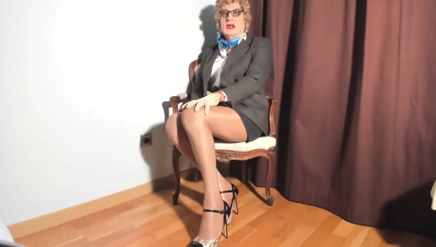 video 1712 17112017 young teacher pussy