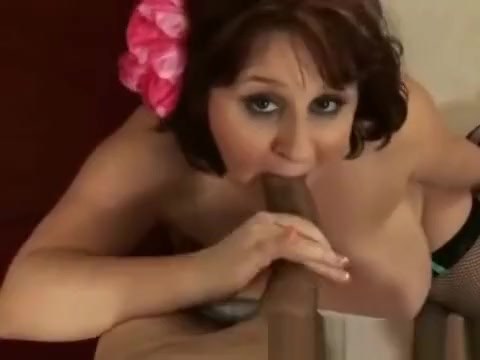 Sexy BBW takes a big cock in her mouth and pussy Bnat Maroc Imintanout