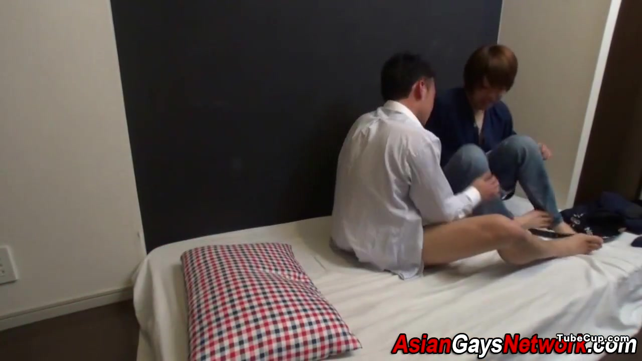 Japanese twink gobbles big boobs college girlfriend home video