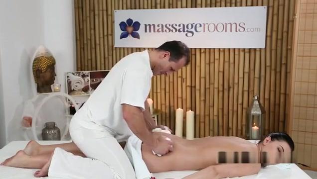 Godlike female in massage XXX video medication for painful vulva