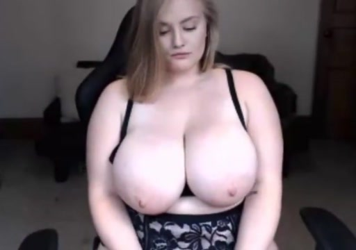 Chubby blonde Bbw twat pics