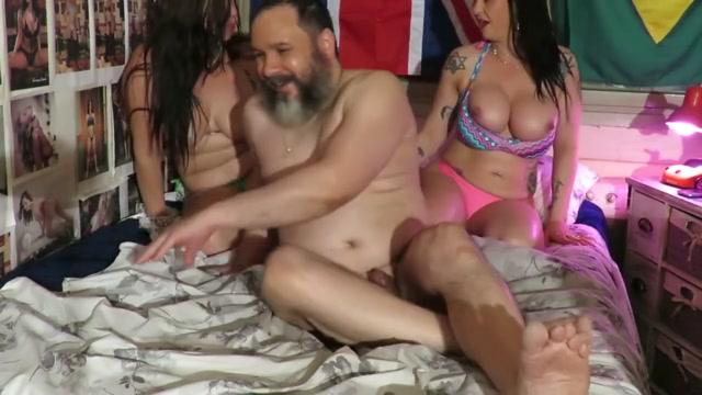 ORGIA DO BIQUINI - Cena 2 / Dinni Gata e Bruna Dee Blue porn sex video