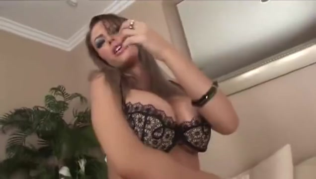 Busty Jenna Presley Dildos Her Pussy Granny stockings and high heels