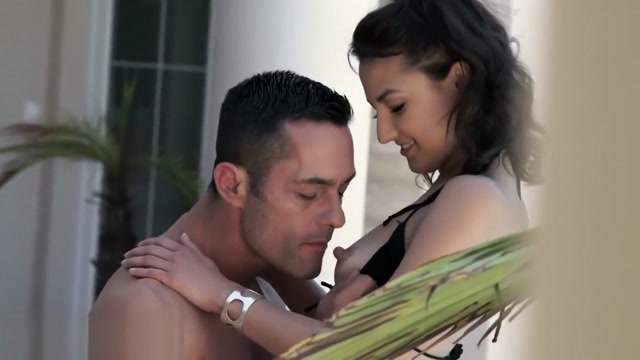 Slender cutie Suzy has some fun in the sun with a buff dude Gay european boys