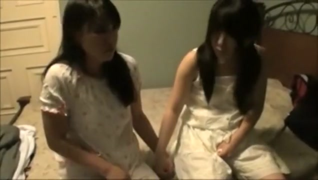 2 girls diaper change Escort in Azua