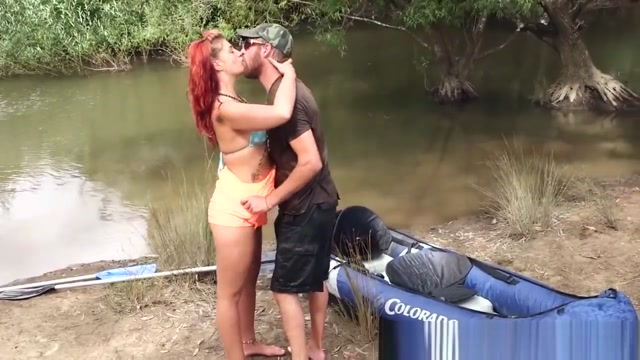 Real Aussie Gets Creampie Upskirts pussy slip oops