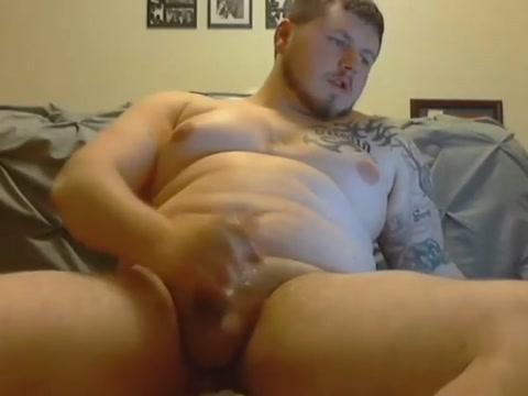 hot beefy Playgirl makes her girlfriend cum during sex