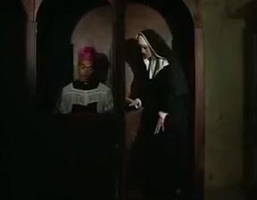 prete e suora scopano Wife fill her up with black cum