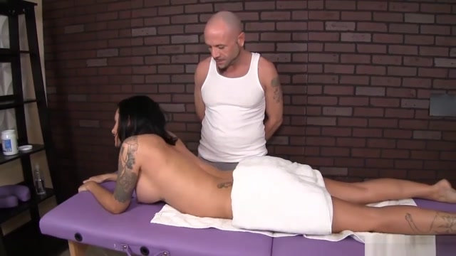 Hot Client Turns On As His Hands Run Across Her Body Fistertwister Angel Piaf Sissy