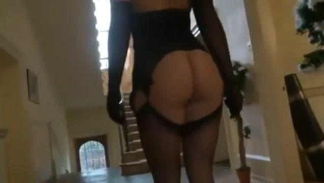 Perfect Nasty Housewife...F70 Three Sum Porno
