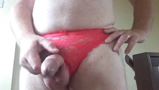 wanking in sues red panties Dolly buster nude pic