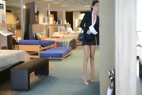 Secretery louboutin in furniture shop Julie Skyhigh Sex gratuit amateur page