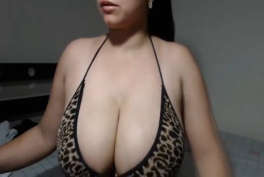 Lucky Guy Gets Her Cock Sucked By Busty Brunette Hottie Soul hole porn