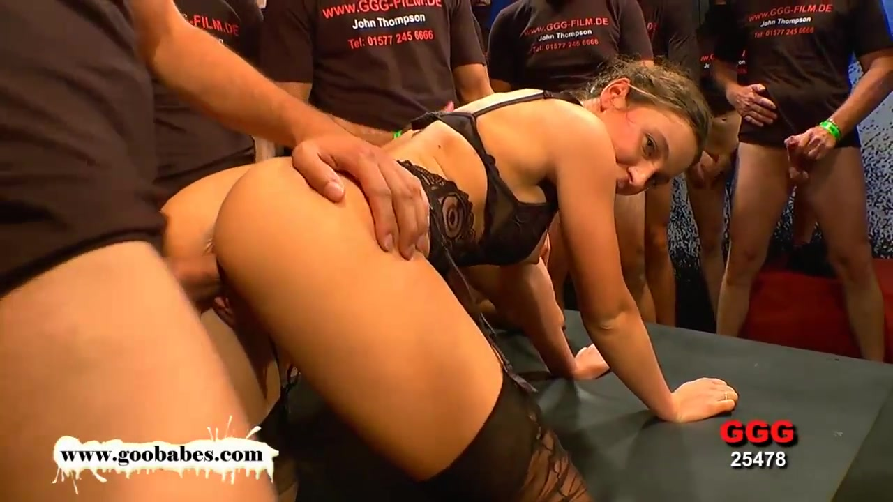 Julie the dirtiest anal slut you have evern seen