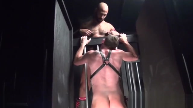 DRAGON18CM - VIDEO 002 - BIG COCK BLACK MAN FUCKING IN PRISON! Fucking your boss porn