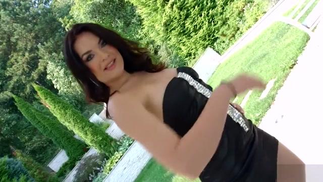 Hannah Vivienne in DP scene(PG) Singapore fhoto porn seks