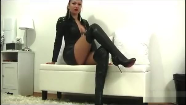 domina in leather Donna ewin nude