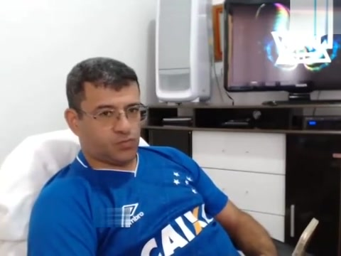 Brazilian guy showing off on cam part 1. Fullrate tradlos tv