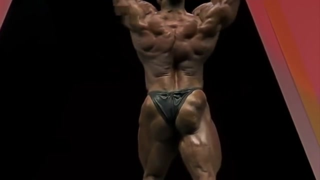 HOT MUSCLE GODS IN TINY THONGS MUSCLE BUTTS Who wants to fuck in Concepcion