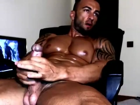 FARIS XXL Embarrassed nude funny