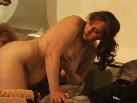 Cougars Sexy Retreat Adult in roseola
