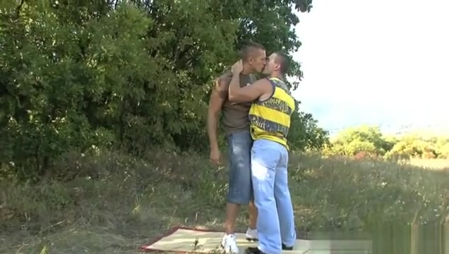 Muscle gay outdoor sex with cumshot Xxx sexy girls kissing
