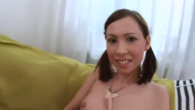 Brunette with opened anus sucking cock Gorgeous lesbians watching porn online