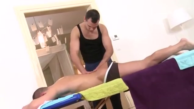 Muscle daddy flip flop with facial Douche and voyeur and movie