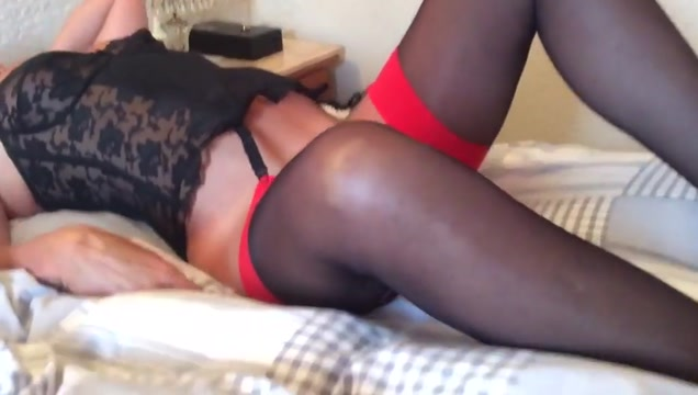 Most intens female orgasm Vicky takes a facial