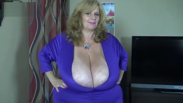 Suzy Q Freaky Ssbbw Big Belly Boob Clapping Naughty Milf Makes Cock Blow