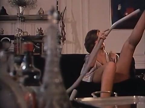 Sophie Duflot vacuum cleaner fun indian aunty sex photos