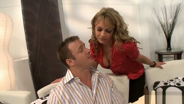 craving cougars - Scene 1 Baby has not facial expresion