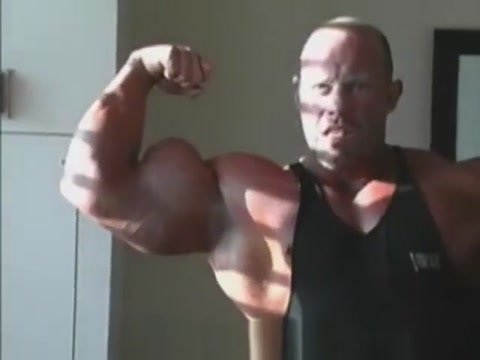 Brad Hollibaugh huge muscle worship best pec bounce Chikfila girl in Parnu