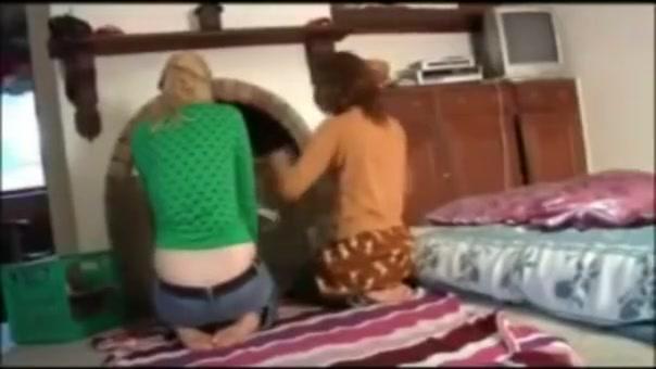 Lesbians Making Out naked panjabi sleepin girl
