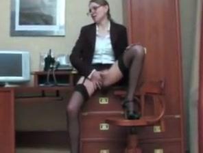 Mature secretary fucked