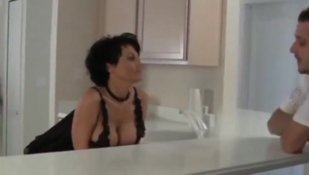Curvy busty housewives give him the best breakfast How to show your love to a man