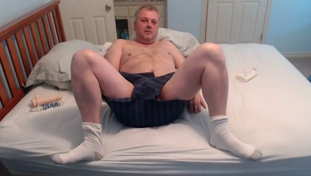 masturbate and ass play in white socks Naked black pregnant