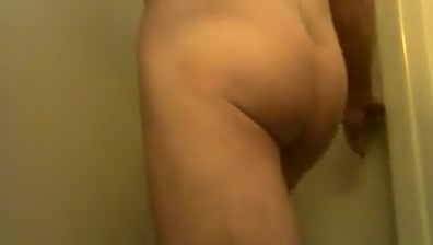 PLAYN IN THE SHOWER Woman bending over porn