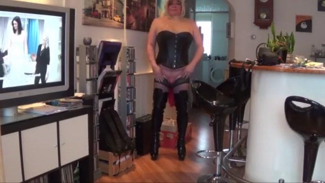 Free fuckable whore 5 Twink transgender handjob dick on beach
