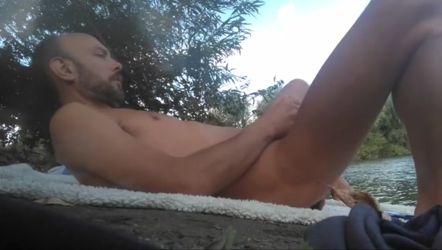 Full movie with Xavier Desmadryl masturbating outdoors. Large insertions into wet pussy