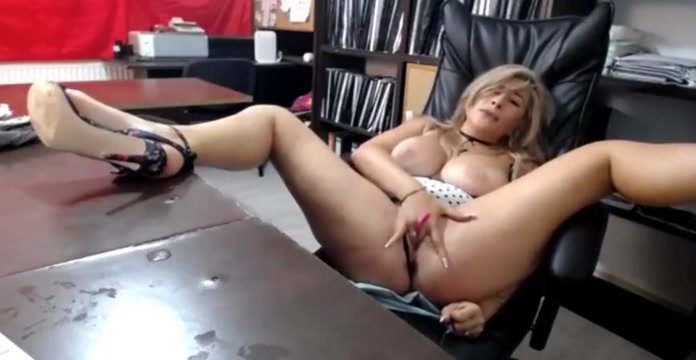 Squirta da vacca - Dirty slut webcam Big boobs african girl blowjob penis and interracial