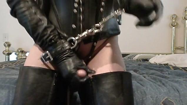 Leather fetish cum Free porn vid tickle